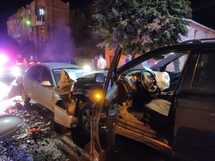 Ночью на улице Чапаева в Рязани произошла массовая авария