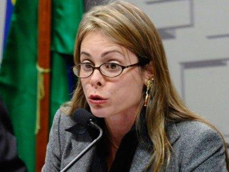 Contracheque de supersecretária e primeira-ministra de Caiado é de R$ 42 mil