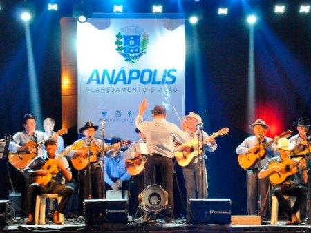 Anapolinos destacam cultura do Estado em espetáculo