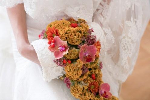 Букет-муфта из необычных цветов