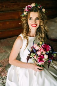 Яркий букет невесты