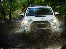 2021 Toyota 4Runner front