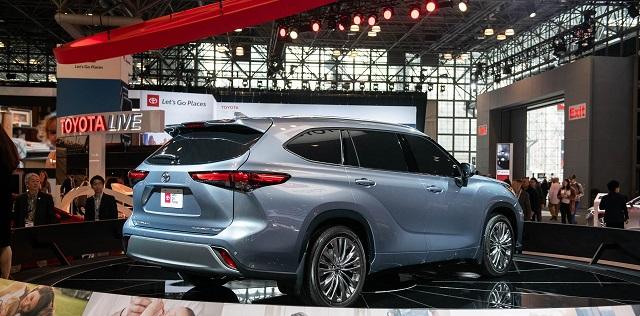 2021 Toyota Highlander hybrid