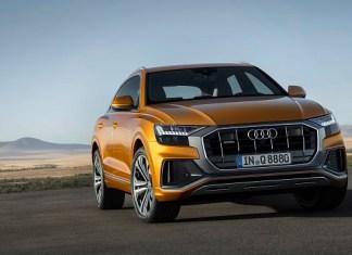 2021 Audi Q8 front