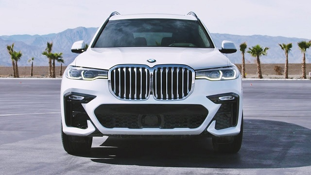 2020 BMW X7 M face