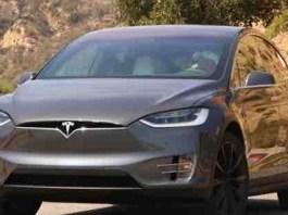 2022 Tesla Model X featured