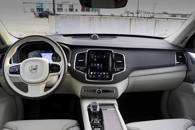 2022 Volvo XC90 Recharge Interior