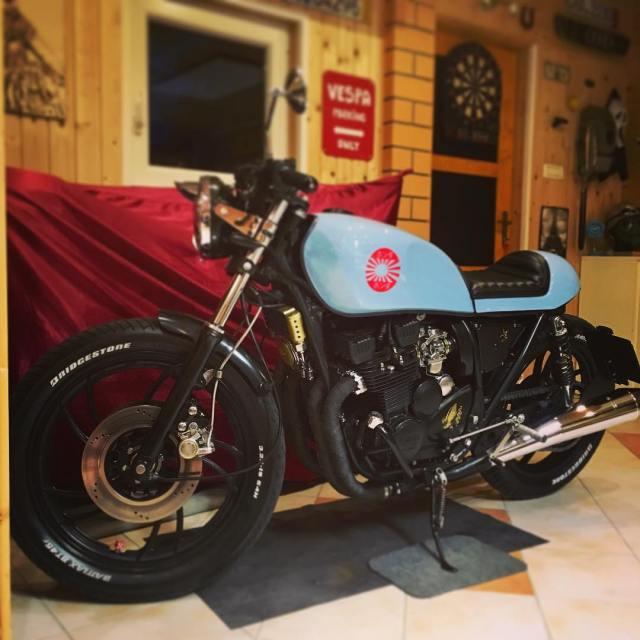 Yamaha xj550 caferacer seen in Kamnik Slovenia 7sevencustoms 77 77chellip