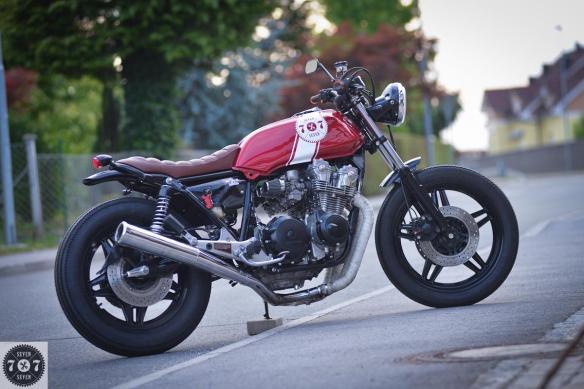 Honda CB750 RedSun