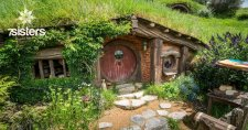 How to Use The Hobbit Literature Study Guide. No-busywork, don't-kill-the-book, adaptable, affordable Literature Study Guide your teens will appreciate.
