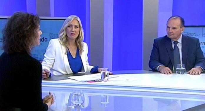 José Vicente Morata junto a Sylvia Costa durante la grabación de 'Ágora',