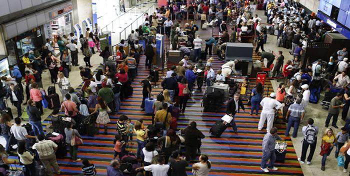 Image result for aeropuerto de maiquetia filas