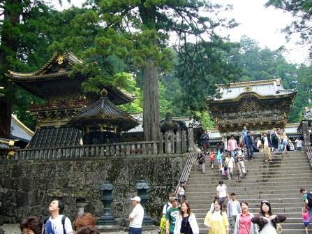 Steps-to-Tosho-gu