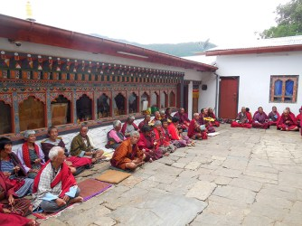 Old folk visiting the temple
