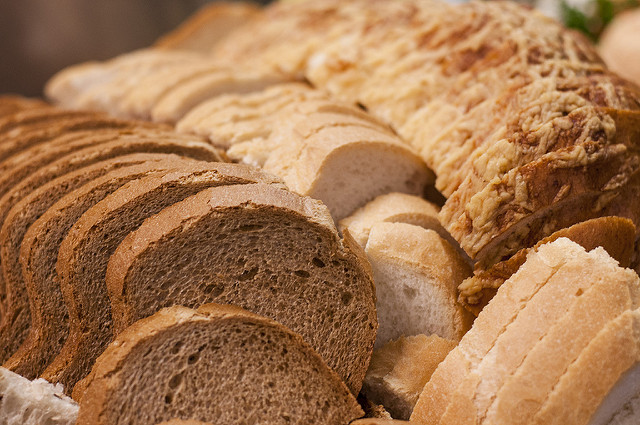 Do carbs cause cancer? Bread glycemic index slow carbs