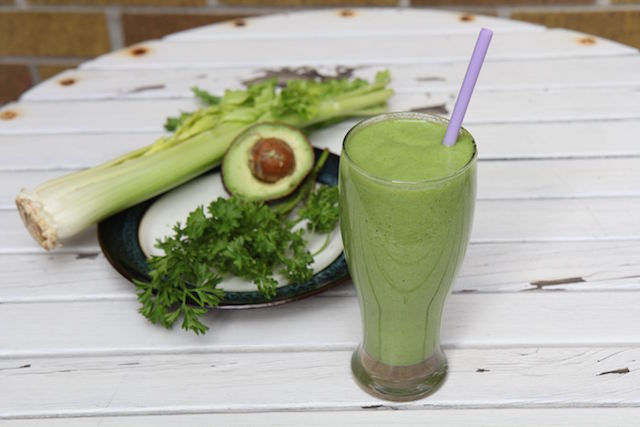 Green Goddess Smoothie – Vegan and Paleo!