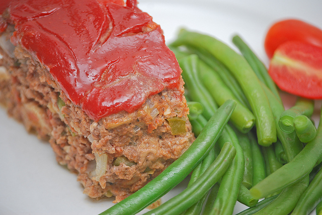 Healthy Meatloaf with Turkey and Quinoa – Gluten-Free, No Added Sugar!
