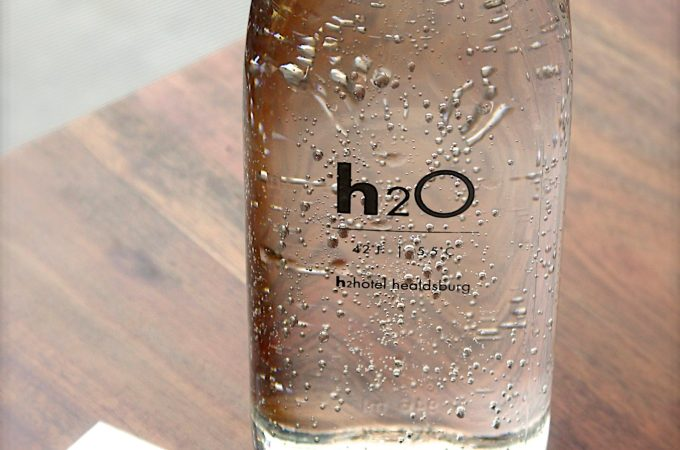Alkaline Water: Is it Healthier? A Look at the Benefits and Evidence