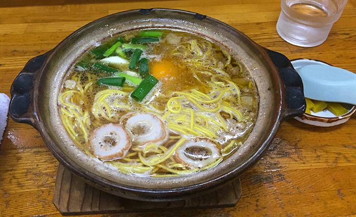 橋本食堂の鍋焼きラーメン