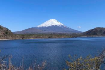 本栖湖・富士山