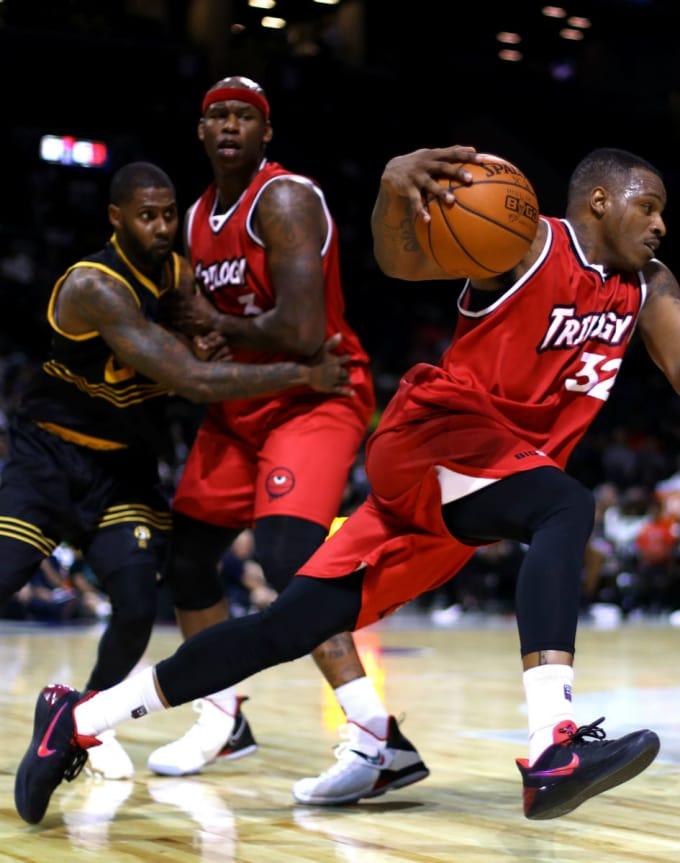 ビッグ3 バスケットボール スニーカー