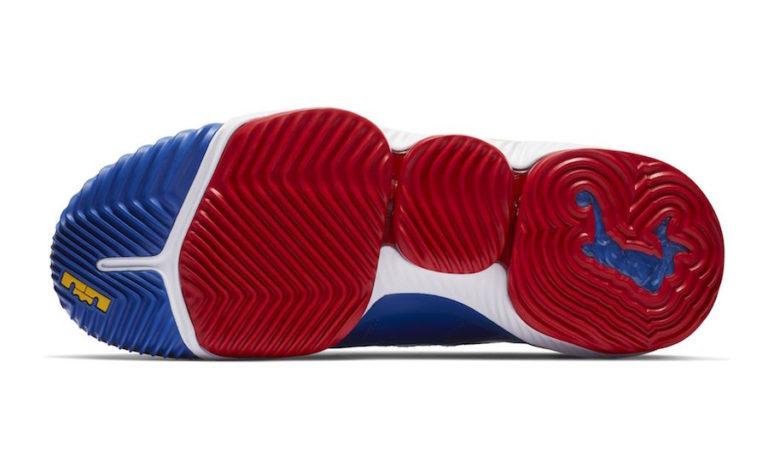ナイキ レブロン16 SB スーパーマン