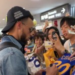 ステフィン・カリーが成田空港に到着!