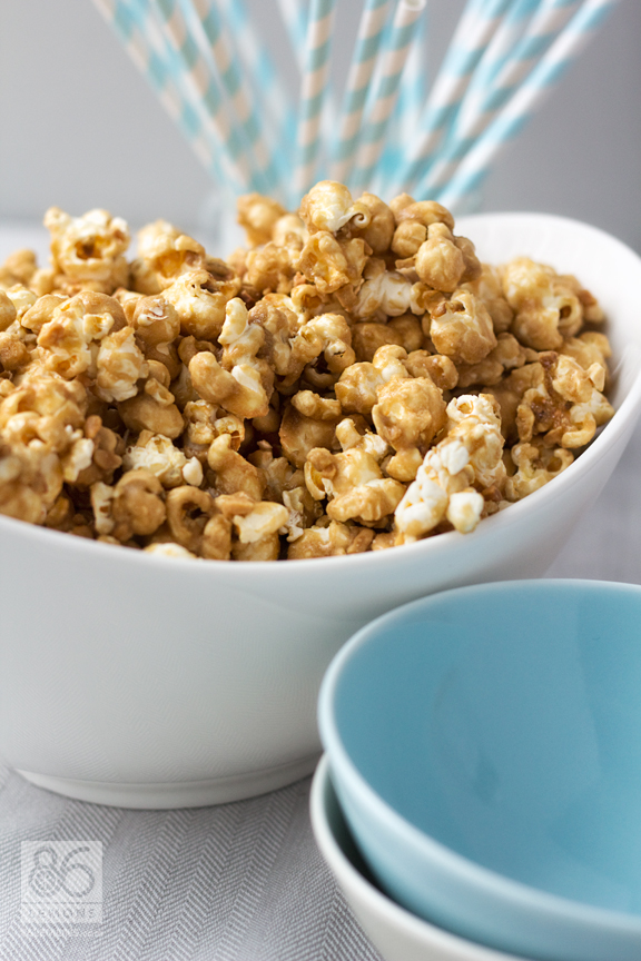 Salted Caramel Corn  #vegan #glutenfree  86lemons.com