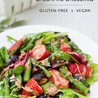 Creamy Strawberry Herb Balsamic Dressing (vegan, gf)