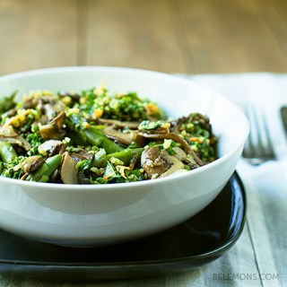 Quinoa Kale Bowl with Mushrooms & Asparagus (v/gf) + Butcher Block Giveaway!