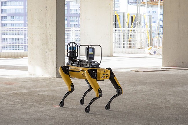 Foster + Partners collaborates with Boston Dynamics to monitor construction progress with Spot
