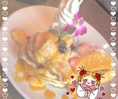 池袋JK制服キャバクラ【はちみつくろーばー】りのん マンゴーパンケーキ