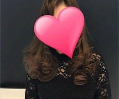 池袋JK制服キャバクラ【はちみつくろーばー】公式サイト ろーら プロフィール写真