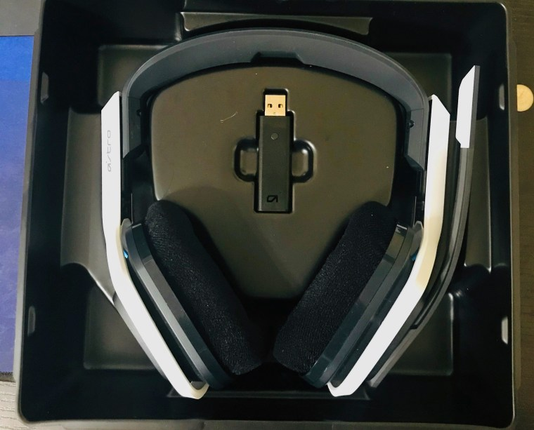 ASTRO Gaming A20 Headset (Second-Gen) for the PC and PlayStation 4. 8Bit/Digi