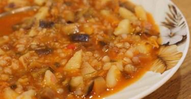 Суп из гречки с баклажанами