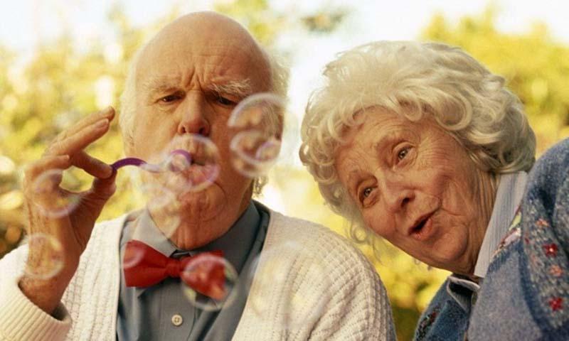Старость больше не связана с недееспособностью