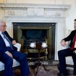 (Photo Flickr/Cabinet Office/ Mahmoud Abbas le président palestinien et Nick Clegg l'ancien vice-premier ministre d'Angleterre)