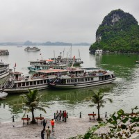 HALONG BAY'S THIEN CUNG CAVE