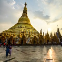 SUNSET AT THE SHWEDAGON PAGODA