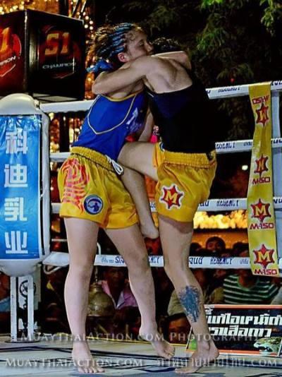 Sylvie vs Saya Ito - stomach knee