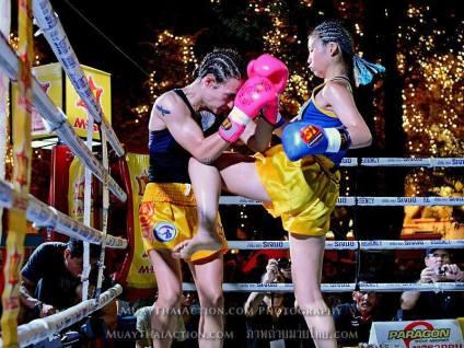 Sylvie vs Saya Ito - walking knee