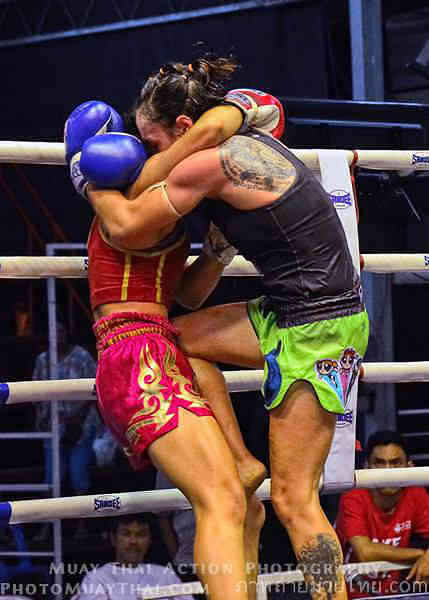 Sylvie Clinch Style Muay Thai - Gaewdaa Fight-w1400