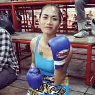 angie fight 7-w1400