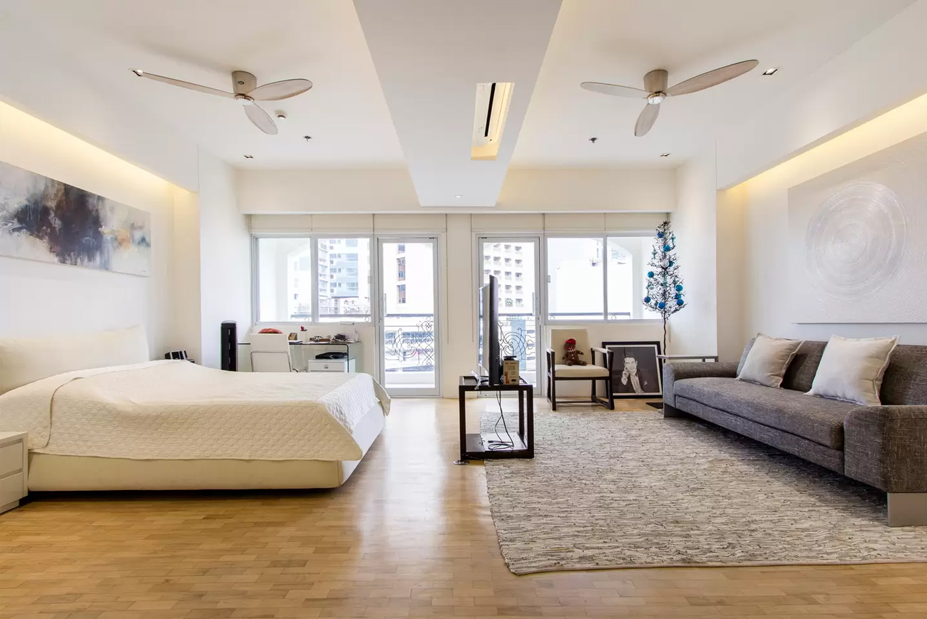 4 Metro Staycation 8 Airbnbs