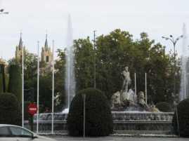 ネプテューヌス噴水01_マドリード_スペイン旅行記2014