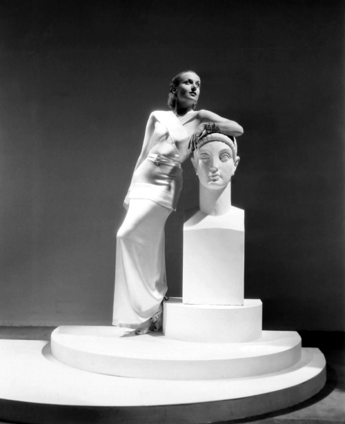 myvintagevogue: Carole Lombard