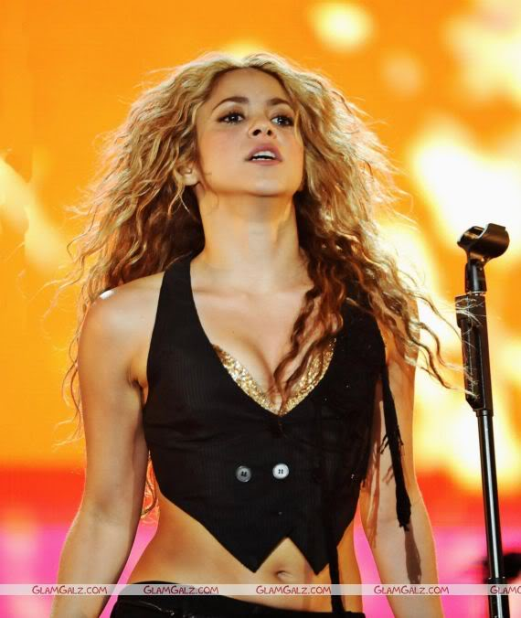 Shakira Performs at Music Festival in Madrid