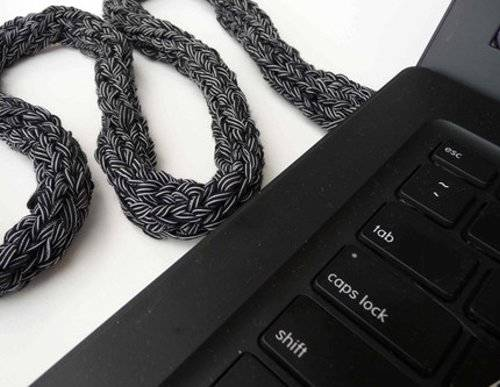 Camouflage your Power Cable with Knit Komputer Kord Kozy