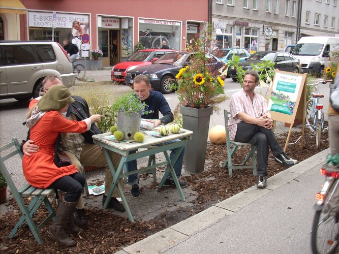 ParkingDay2009Munich.jpg?fit=667%2C500