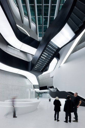 01.-MAXXI-Museum-of-XXI-Century-Art-Rome_photo-Iwan-Baan.jpg?fit=333%2C500